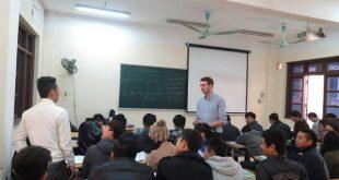Học ngành ngôn ngữ Anh nên chọn trường nào?