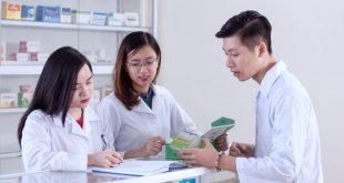 Dược sĩ Đại học làm gì? Việc làm Dược sĩ Đại học nhiều hay ít?